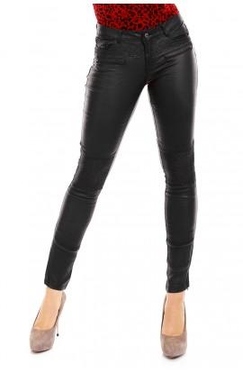 Pantaloni din piele ecologica cu Buzunare si Nasture Contrastant